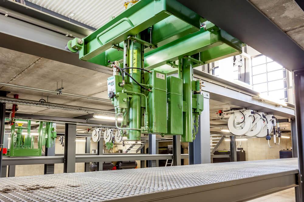 Constructions Louwet SA - Construction de garage dans la province de Liège - Les Plenesses - Garagebouw in de provincie Luik - Construction métallique - Metaalbouw - Colonnes métallique - Stalen kolommen