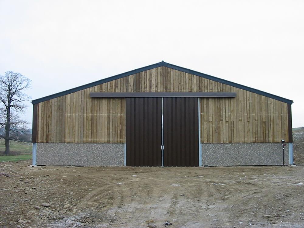 Constructions Louwet SA - Construction de manège dans la province de Limbourg - Manegebouw in provincie Limburg - Construction métallique - Metaalbouw - Colonnes métallique avec charpentes - Stalen kolommen